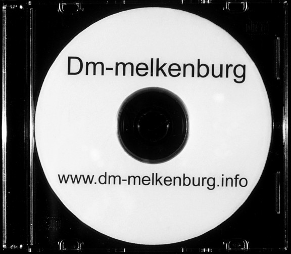 Amy O'Neill and Emmanuel Piguet, Dm-Melkenburg
