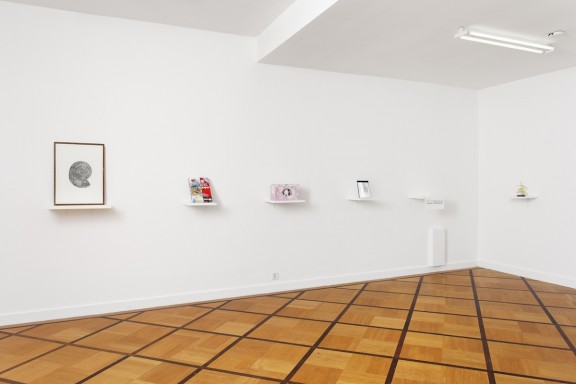 View of the exhibition Editions vs objets, Centre d'édition contemporaine, Genève, 2009