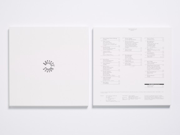 Artists' Voices, triple vinyle, édition du CEC, 2016. © Sandra Pointet
